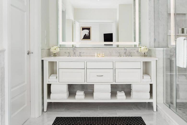 WEC-room-bathroom-sinks